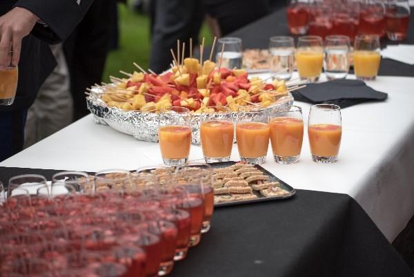quel type de buffet choisir pour accompagner votre mariage   le vin d u2019honneur